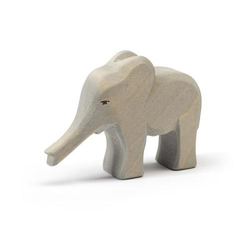 Ostheimer Elefant klein, Rüssel gestreckt