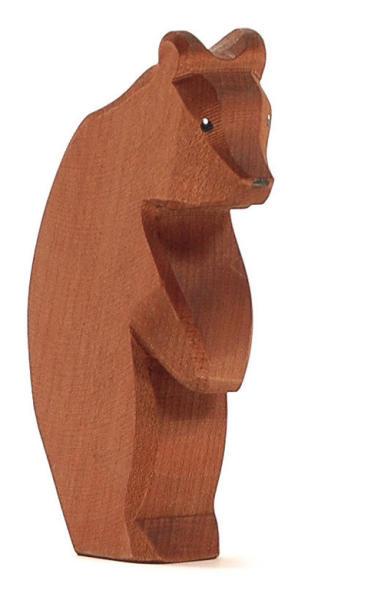 Ostheimer Bär groß stehend, Kopf tief